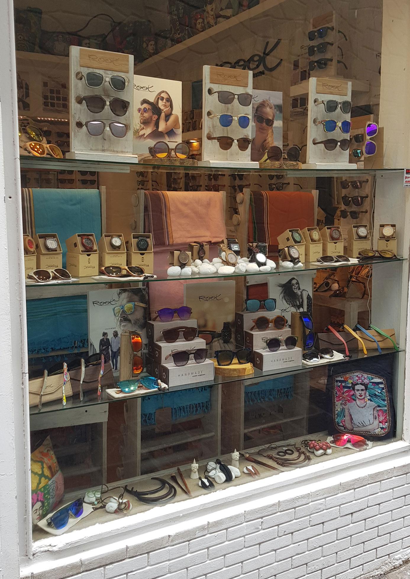 Comprar Gafas de Sol de madera en tiendas físicas