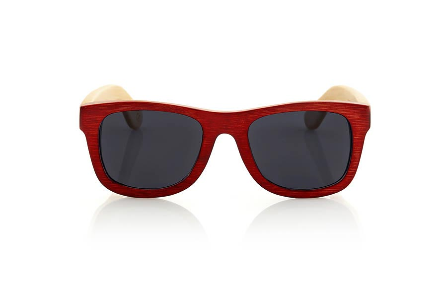 Wood eyewear of Bamboo VOLCANO. The Volcano sunglasses are made of Bamboo wood with the front in stained in red color and sideburns of natural bamboo. Front measssure: 147x50mm  |  Root Sunglasses®
