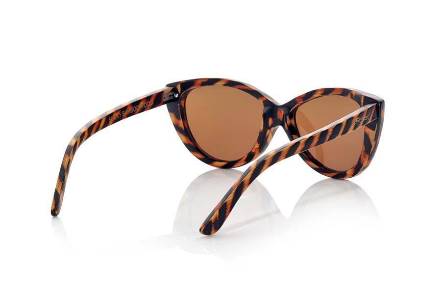 Wood eyewear of Bamboo SMOKY | Root Sunglasses®