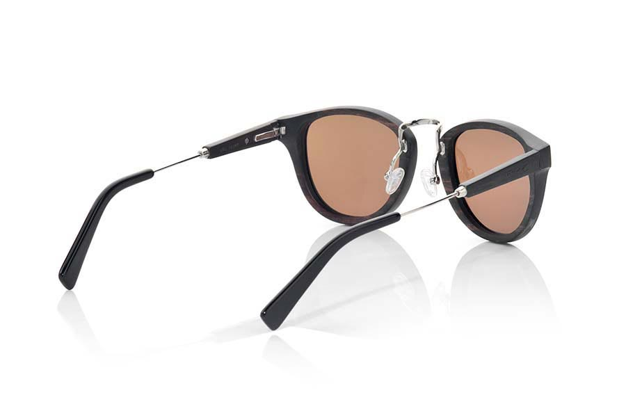 Wood eyewear of Ebony modelo URAL | Root Sunglasses®