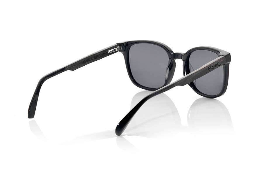 Wood eyewear of Ebony modelo MAUNA | Root Sunglasses®