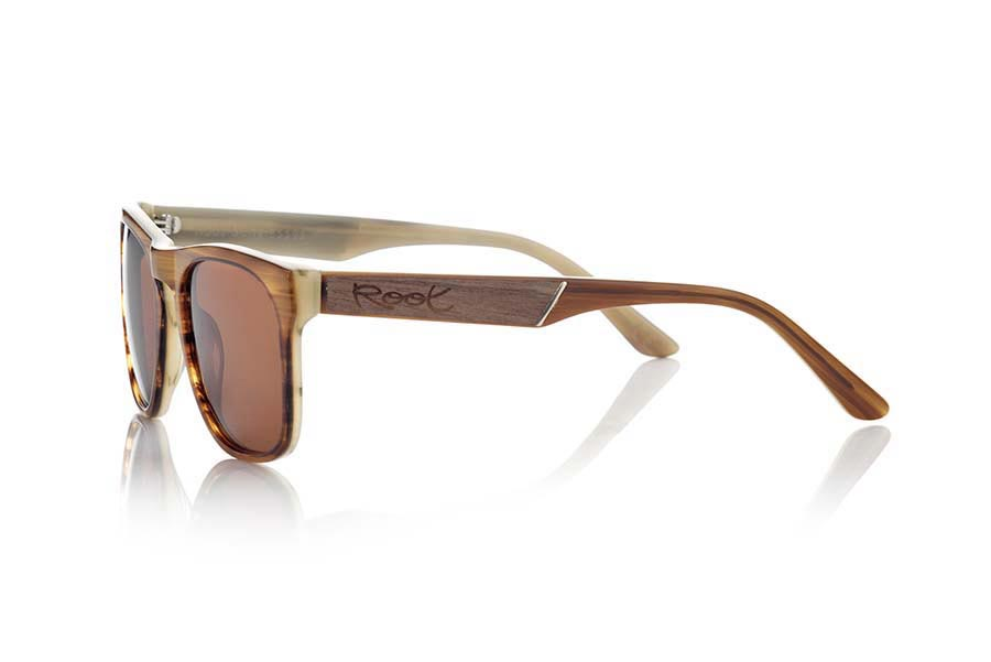 Wood eyewear of  modelo KILAUEA | Root Sunglasses®
