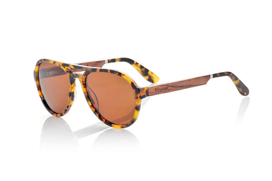Wood eyewear of Ebony modelo IGUAZU | Root Sunglasses®