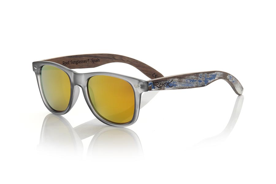Gafas de Madera Natural de Walnut modelo SKA GREY | Root Sunglasses®