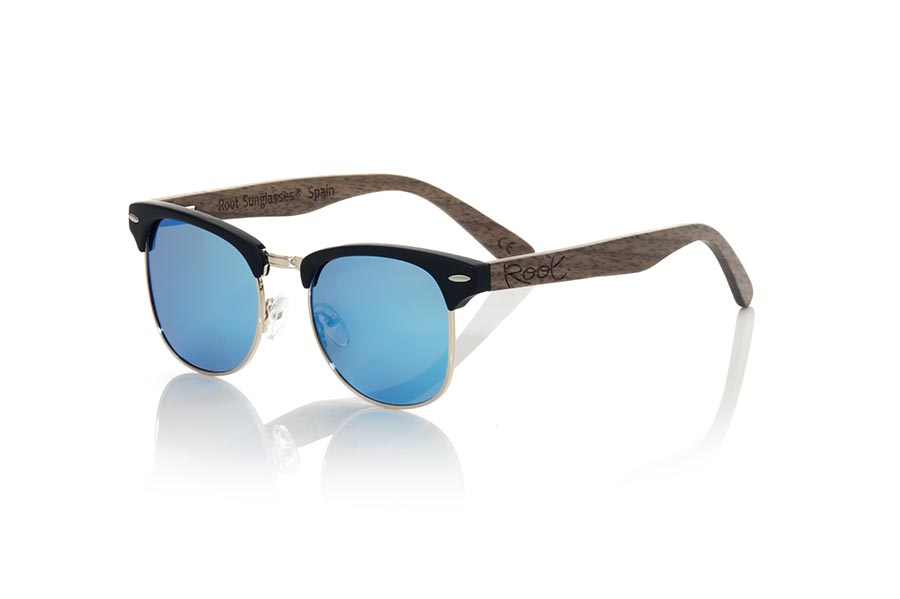 Wood eyewear of Walnut modelo LOMA | Root Sunglasses®