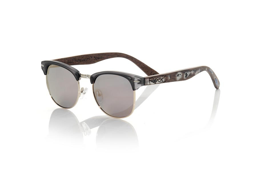 Wood eyewear of Walnut modelo TINE | Root Sunglasses®