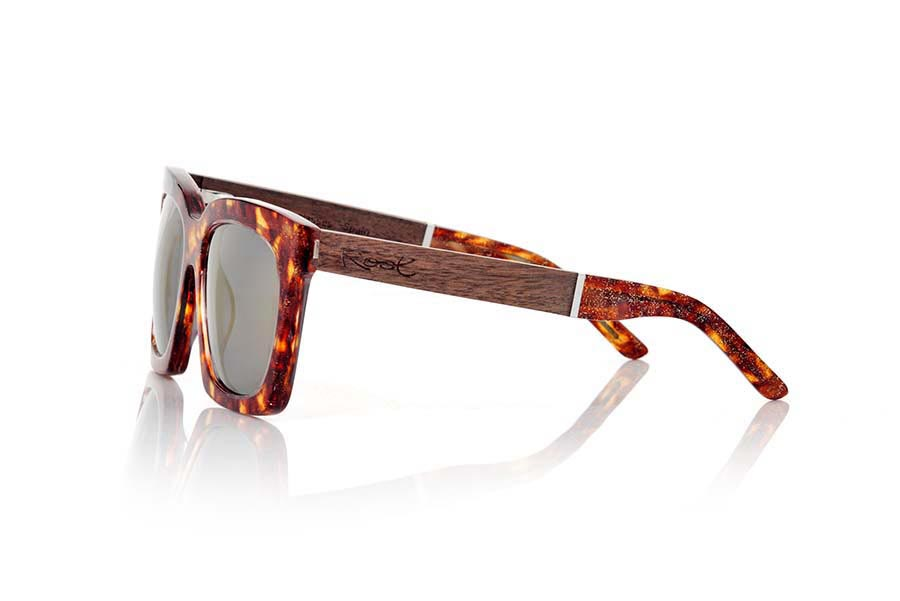 Root Wooden Sunglasses MADAGASCAR