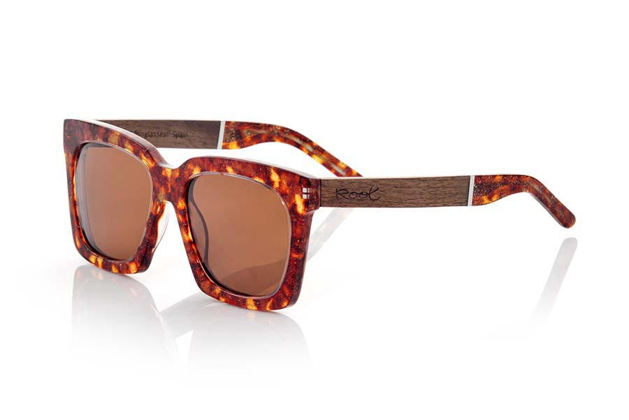 Wood eyewear of Rosewood modelo MADAGASCAR ...terials and their perfect completion will surprise you. Measure front: 148x55mm | Root Sunglasses®