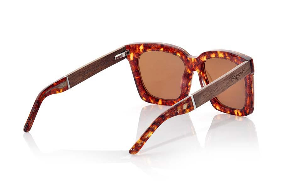 Wood eyewear of Rosewood MADAGASCAR | Root Sunglasses®