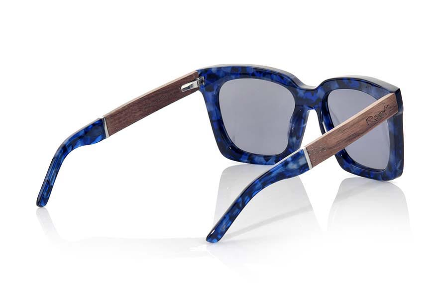 Wood eyewear of Rosewood SAMOA | Root Sunglasses®