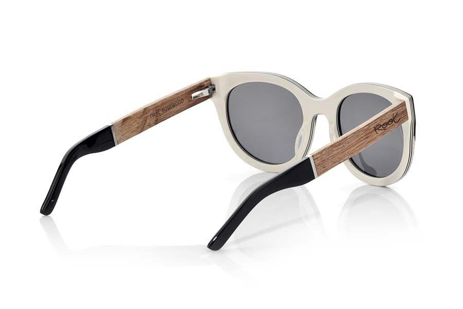 Wood eyewear of Rosewood modelo TIKAL | Root Sunglasses®