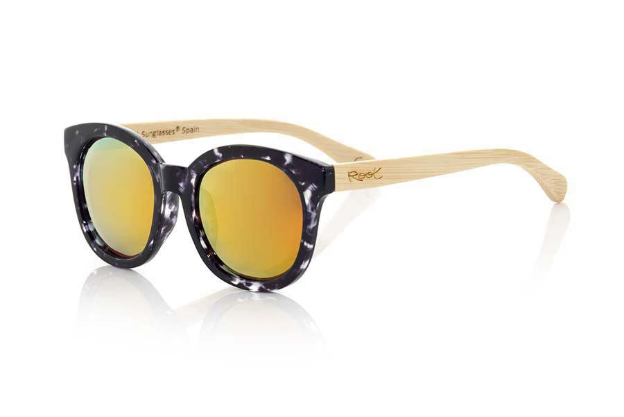 Wood eyewear of Bamboo SAMSA | Root Sunglasses®