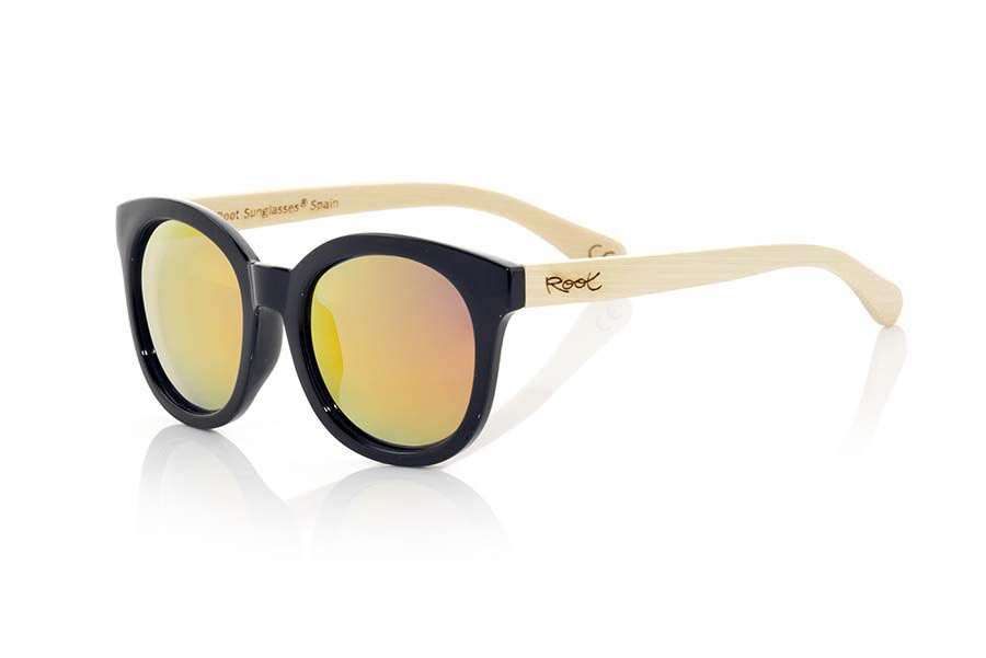Wood eyewear of Bamboo KIM.   |  Root Sunglasses®