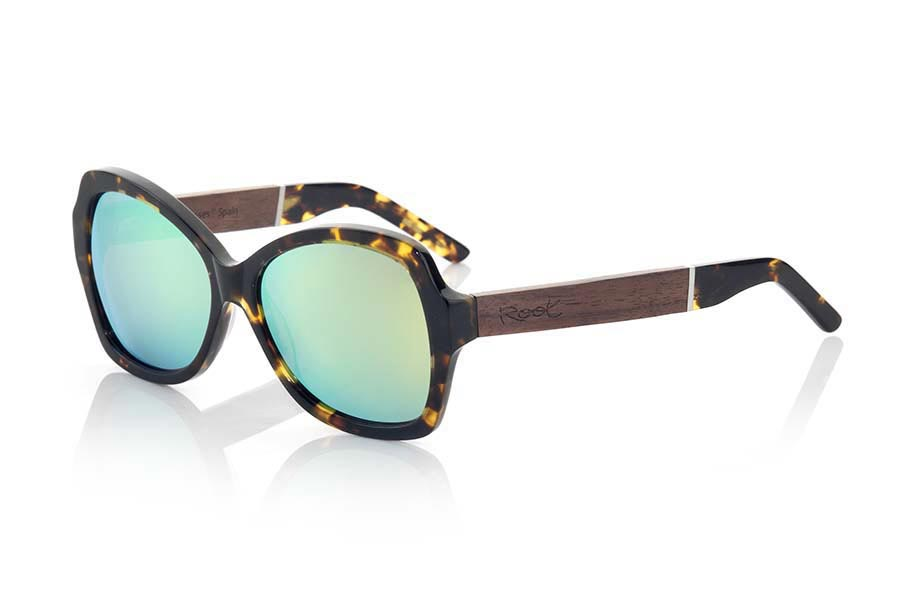 Wood eyewear of Rosewood modelo KENYA MIX | Root Sunglasses®