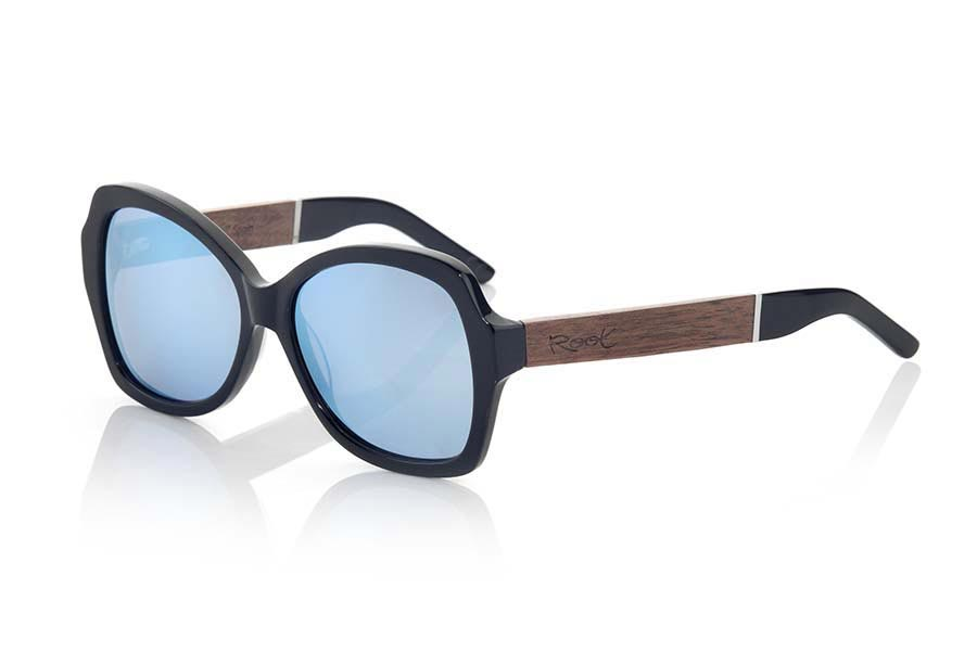 Wood eyewear of  modelo KENYA BLACK | Root Sunglasses®