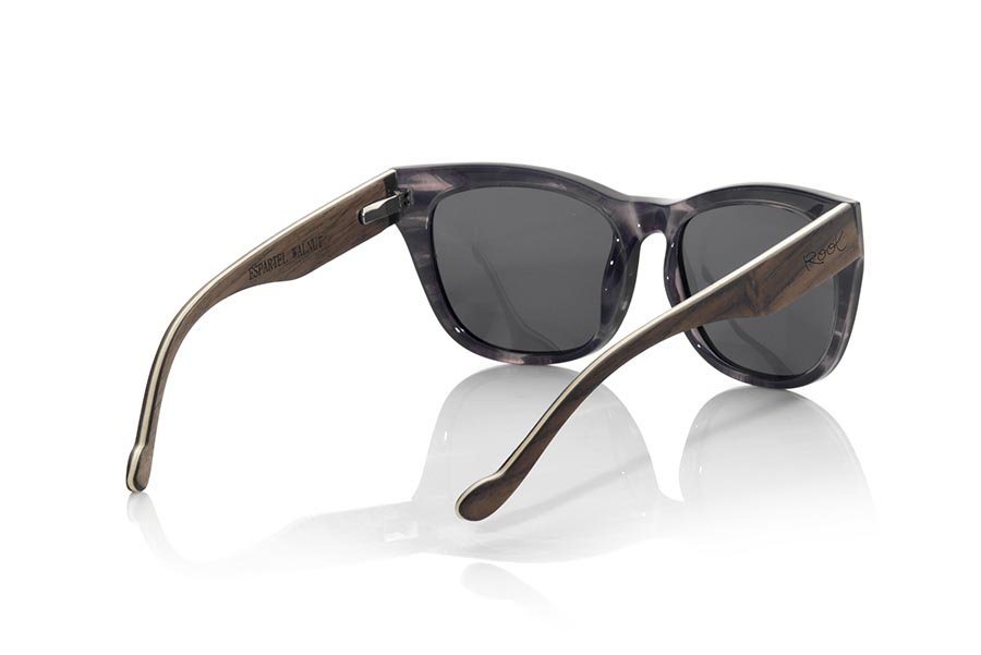 Wood eyewear of Walnut ESPARTEL.   |  Root Sunglasses®