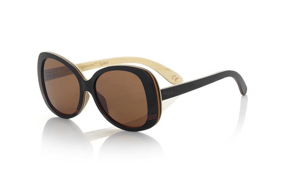 Wood eyewear of Ebony ZAHORA | Root Sunglasses®