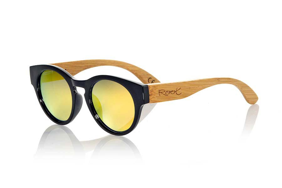 Wood eyewear of Bamboo GUM BLACK | Root Sunglasses®