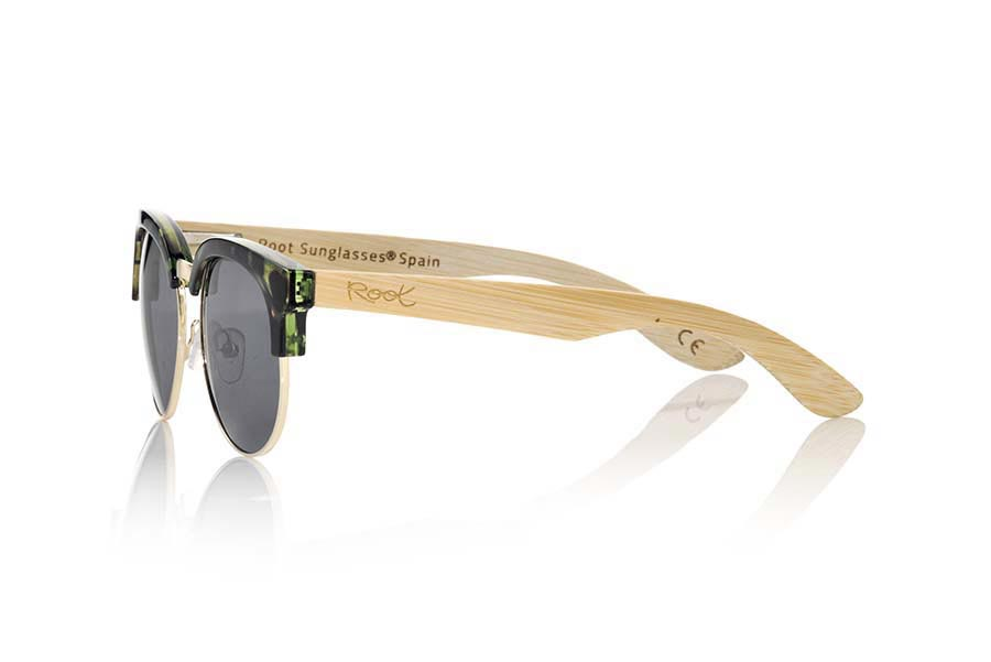 Wood eyewear of Bamboo DUNE CYAN.   |  Root Sunglasses®