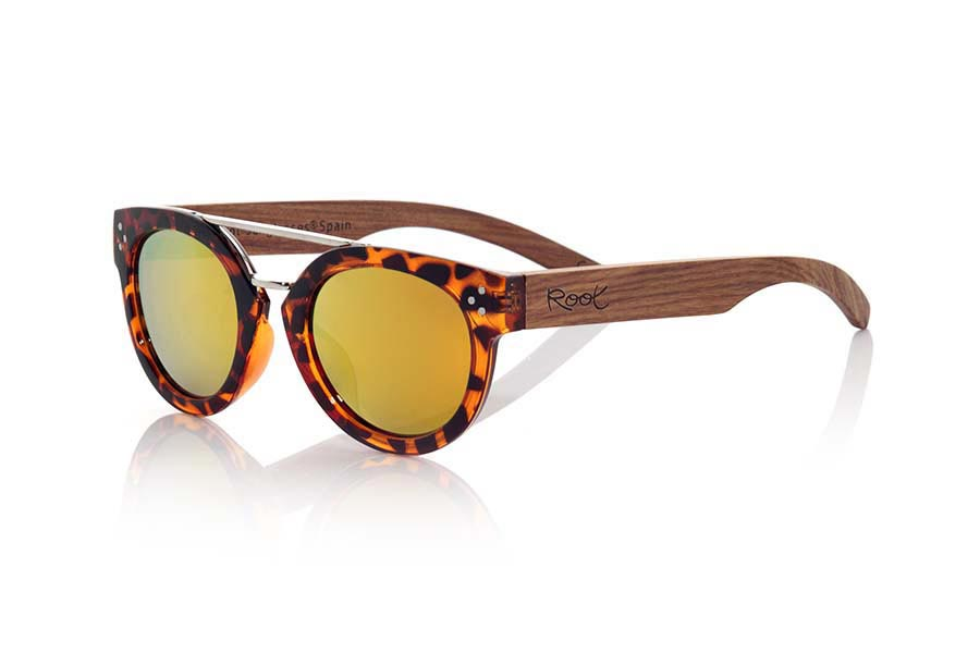 Wood eyewear of Rosewood ISLAND CAREY | Root Sunglasses ®