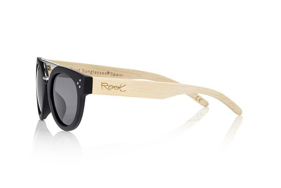 Wood eyewear of Zebra ISLAND BLACK | Root Sunglasses®