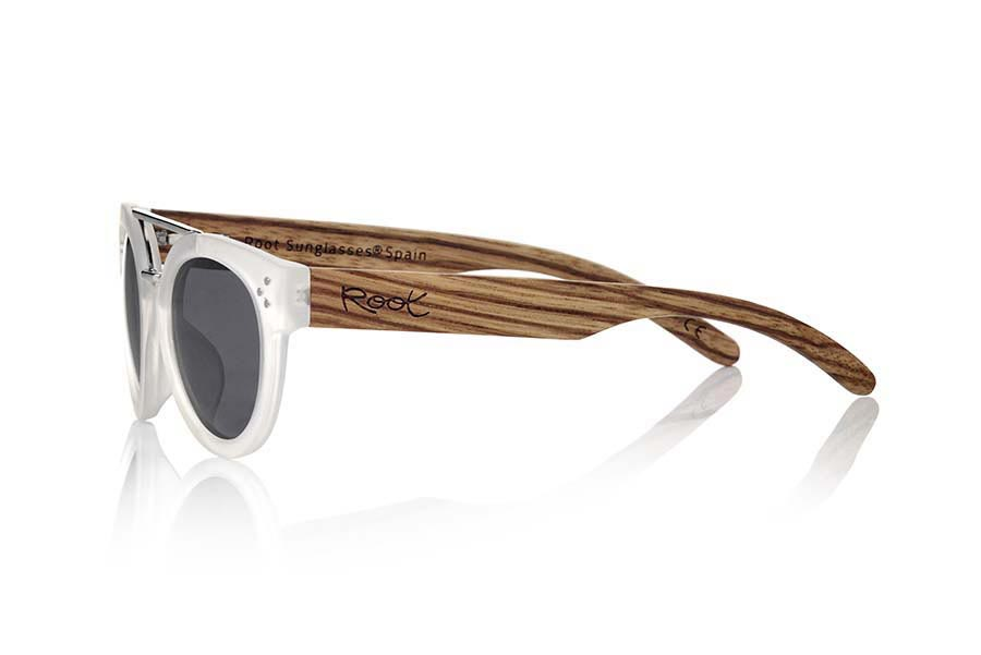 Wood eyewear of Zebra ISLAND TR.   |  Root Sunglasses®
