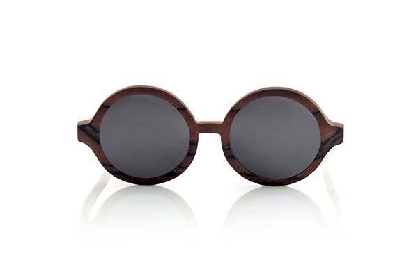 Wood eyewear of Ebony TANA | Root Sunglasses®