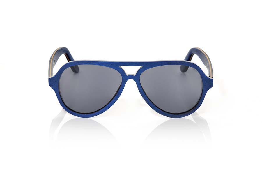 Wood eyewear of Skateboard FLYER. TheFLYER sunglasses are manufactured in wood laminated of Maple skateboard each an of the different sheets that make up its structure have been stained in different colors. The front of this glass is presented in shades of blue navy and interior in a yellow egg, rounded tone reminiscent of the famous Aviator, design model defortivo and elegant, is suitable for all kinds of people of both sexes.  Sideburns are very thin and are presented in shades of navy both inside and on the outside by inserting a blade in shades of yellow egg in the intermediate zone. You will like the lightness of this glass, shape, resistance and the combination of colors. Front size: 145x52mm  |  Root Sunglasses®