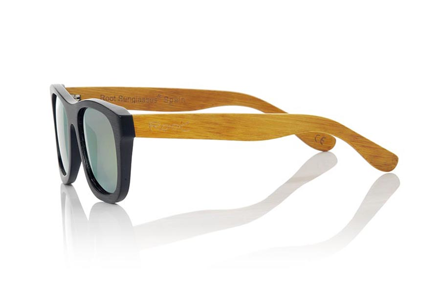 Wood eyewear of Bamboo ONEGA | Root Sunglasses®