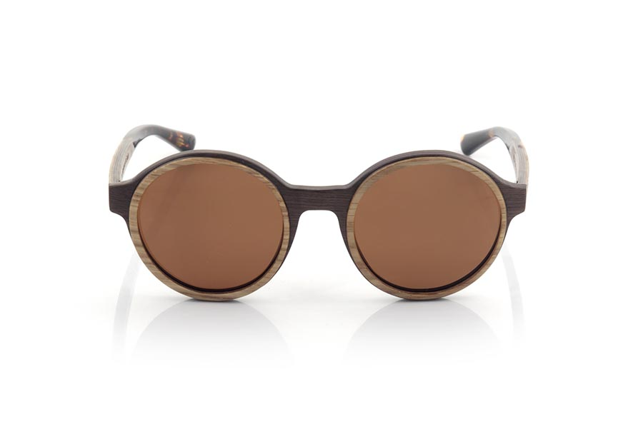 Wood eyewear of Walnut NILIA.   |  Root Sunglasses®